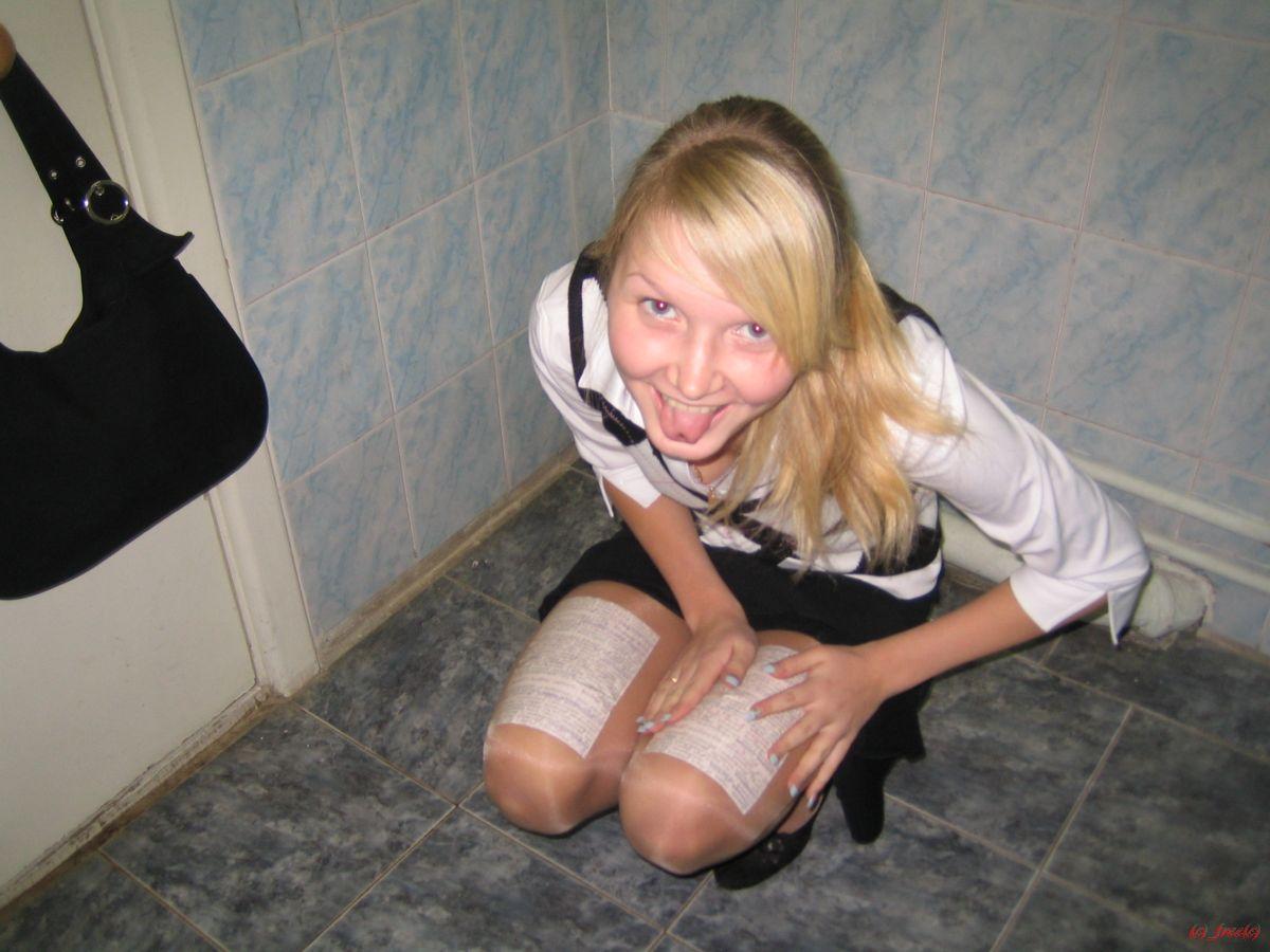 достигшим совершеннолетия, русские хуесоски в туалете любят медленно