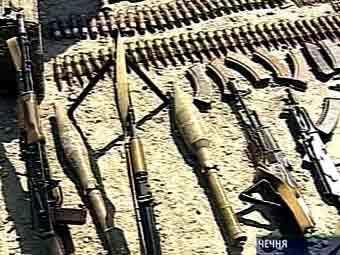 На юге Чечни обнаружен тайник с оружием