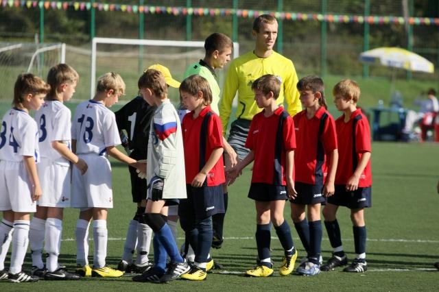 фото футбол 2012