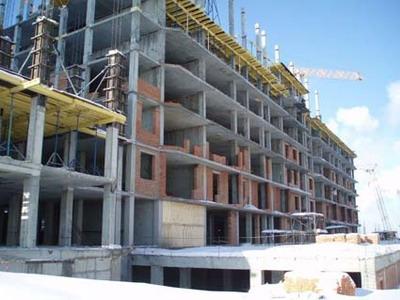 Здания с бетонными стенами и перекрытиями