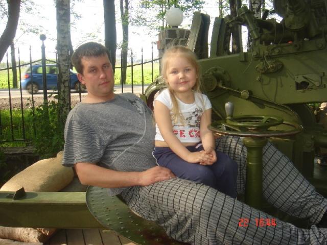 16 ноя 2011 12:43 / Происшествия. Отец-убийца 4-летней дочери может скрыва