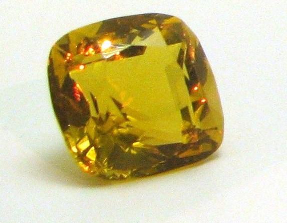 Желтые камни фото