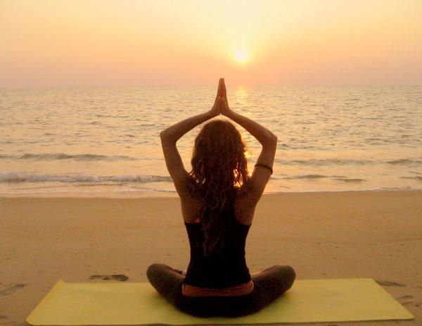 Запускают программу йога сочи 2012