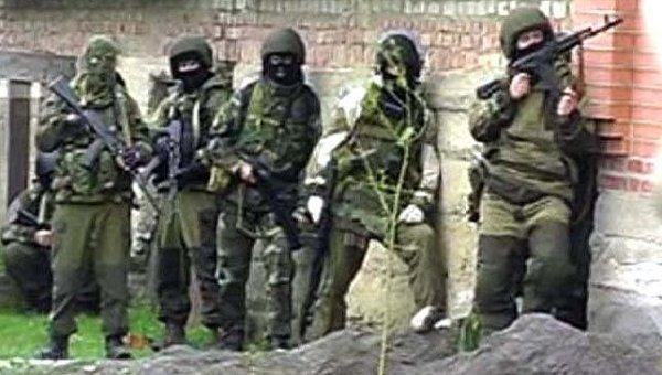 Солдат-срочник из дагестана найден повешенным в военном камазе в москве - военное видео