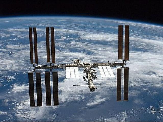 Корабль с экипажем МКС приземлится 11 декабря в Казахстане