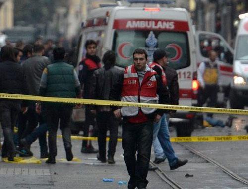 Турецкие власти запретили освещать вСМИ теракт вСтамбуле