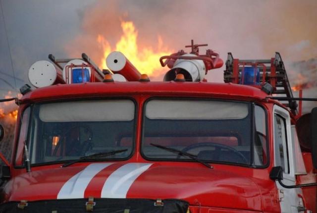 Автобус имашина спожарными столкнулись вНью-Йорке, пострадали 17 человек