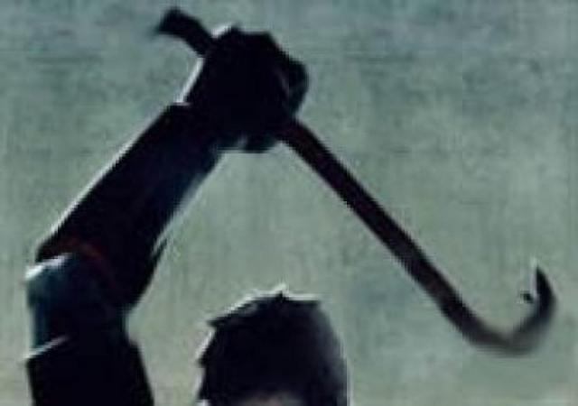 Красноярец убил прежнего коллегу поработе железной трубой