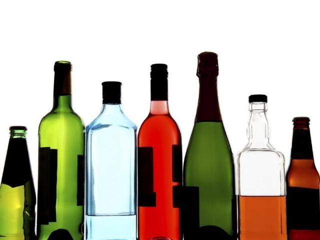 ВГеленджике полицейские изъяли около тонны незаконного алкоголя