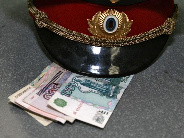 ВКраснодаре полицейский попался навзятке в150 тыс. руб.