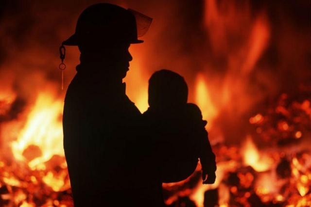 ВКрасноярске впожаре погибла 5-летняя девочка, пострадала ее старая бабушка