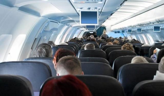 Возвращавшаяся изТурции россиянка скончалась наборту самолета