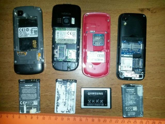 Вколонии Ростовской области пытались переправить 22 мобильника