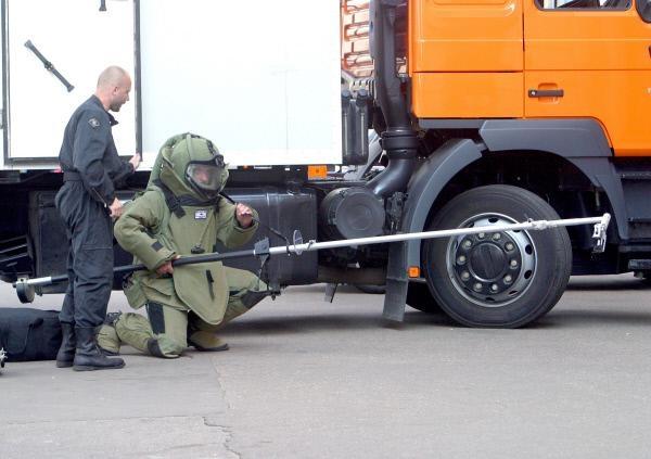 Саперы обезвредили бомбу вХасавюрте мощностью около 2-х кгтротила