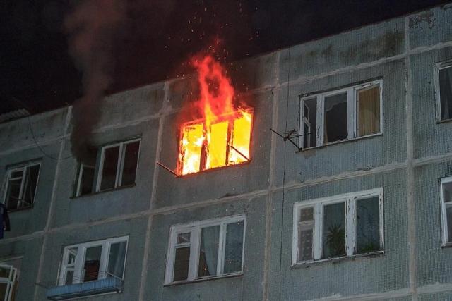 ВСтаврополе при пожаре из-за непотушенной сигареты умер мужчина