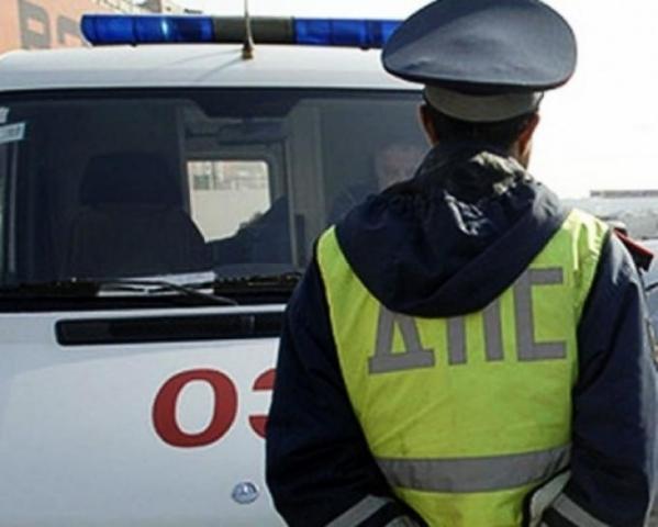 СКпроверит компанию, таксист которой вылетел наостановку в столицеРФ