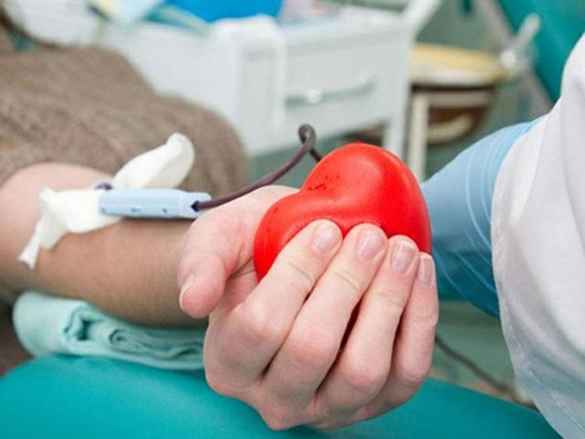 77 пензенцев сдали кровь врамках предновогодней донорской акции