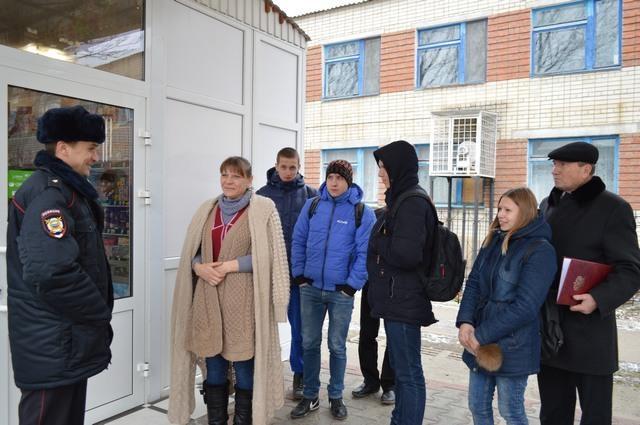 Ставропольский «Студенческий десант» высадился врайонном отделе милиции