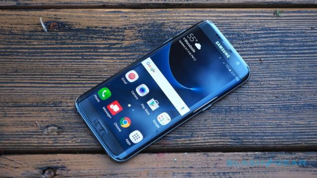 Назван лучший смартфон 2016-ого в Российской Федерации