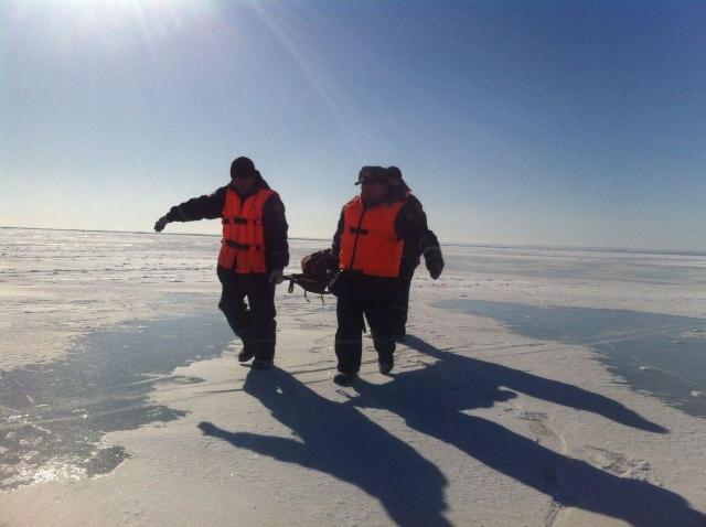 Донские cотрудники экстренных служб несли 5км польду умирающего рыбака