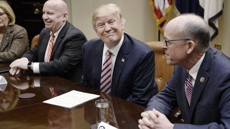 Трамп предложил увеличить расходы наоборону засчет остальных направлений