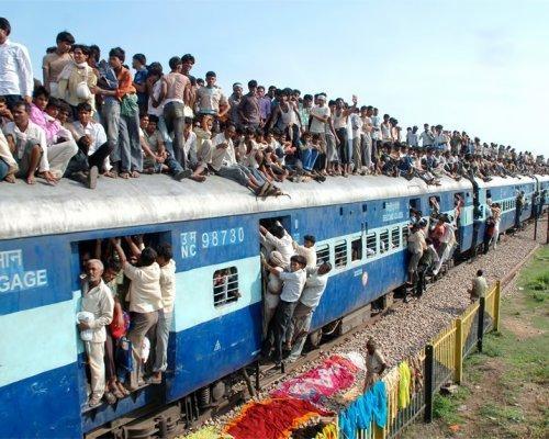 Индийский фермер отсудил у здешней  компании пассажирский поезд