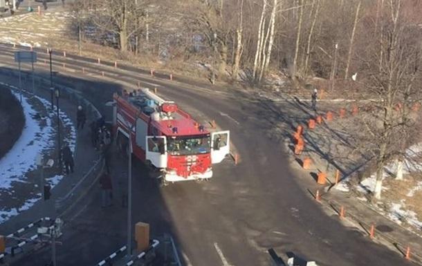 Катастрофа уаэропорта Домодедово: пожарная машина врезалась впешеходов