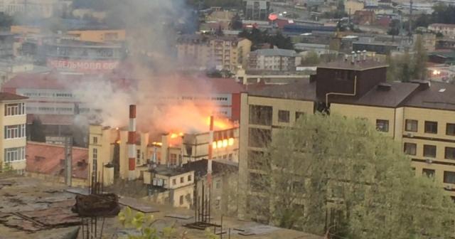 Пожар произошел нахлебозаводе вСочи