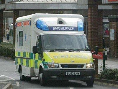 Встолице Англии отправлены вмед. учереждение 10 человек после контакта сядовитым веществом вбаре