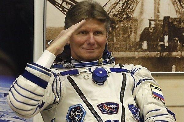 И там бардак:: Геннадий Падалка обвинил начальника Центра подготовки космонавтов в дезертирстве и дискредитации профессии