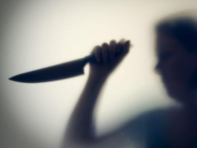 Жительница Кубани устроила кровавую расправу над сожителем матери