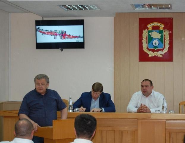 ВНевинномысске обсудили строительство путепровода