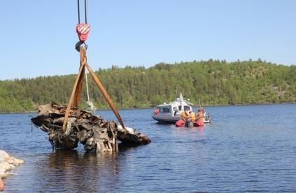 ВЗаполярье подняли содна озера истребитель, разбившийся вгоды ВОВ