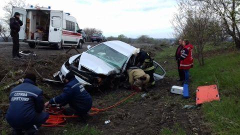 Натрассе Джубга— Сочи врезультате происшествия надороге  мужчину заблокировало вавтомобиле