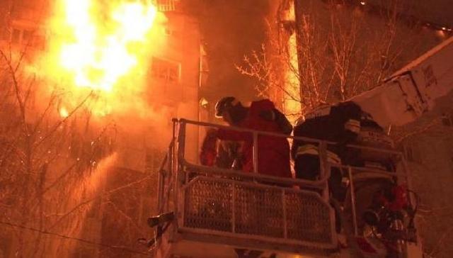 Один человек умер впожаре вжилом доме вТюмени