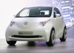 Toyota iQ оснастили новым 1,33-литровым двигателем