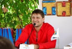 Виктор Логинов: «Верьте в высшие силы и любите близких вам людей!»