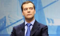 Медведев: Российские производители займут ниши, возникшие из-за санкций Запада и ЕС