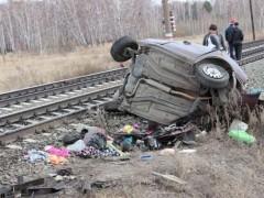 В Челябинской области поезд столкнулся с автомобилем, погибли три человека
