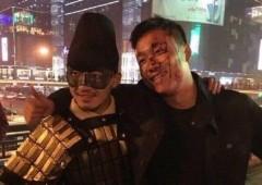 В Китае супергерой избил мужчину молотком за семечки в метро