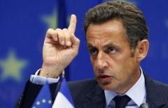 Саркози считает, что для снятия санкций ЕС первый шаг должна сделать Москва