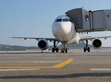 Уже три авиакомпании осуществляют полеты из Сочи в Симферополь