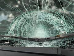 Под Усть-Лабинском Volkswagen врезался в Hyundai и кирпичный магазин