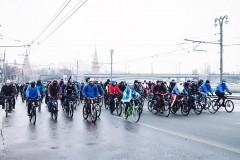 Более 200 человек стали участниками зимнего Московского велопарада