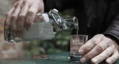 Число отравлений алкоголем в новогодние праздники снизилось на треть