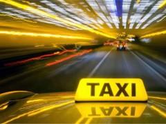 Задержан таксист, выбросивший 2-летнего ребенка из машины