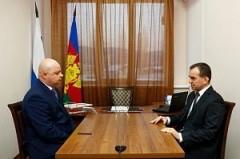 Глава Апшеронского района Андрей Кравченко ушел в отставку