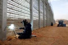 На границе Латвии с Россией установили забор