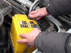 38-летний ранее судимый сочинец украл аккумулятор из припаркованного у поликлиники