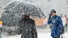 На Кубань обрушится снег с сильным ветром